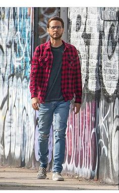 7216545ac83 Jared Leto posing for the new Carrera campaign in Los Angeles (January