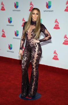 Jennifer Lopez Photos Photos - Singer/actress Jennifer Lopez attends the 17th annual Latin Grammy Awards on November 17, 2016 in Las Vegas, Nevada. - The 17th Annual Latin Grammy Awards - Arrivals