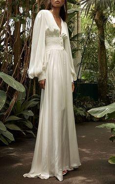 Syros Silk Dress by Caroline Constas Resort 2019 You finally found an ideal s. Syros Silk Dress by Pretty Dresses, Beautiful Dresses, Mode Inspiration, Dream Dress, The Dress, Wedding Gowns, 70s Wedding Dress, Wedding Shot, Wedding Ceremonies
