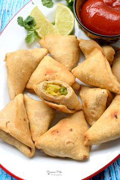 Gobi Matar Mini Samosa - Savory Bites Recipes