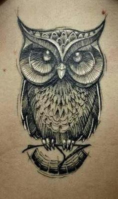 Owl tattoos have a lot of meaning tied to cultural and religious backgrounds. Check this collection of owl tattoos. Great Tattoos, Beautiful Tattoos, Body Art Tattoos, New Tattoos, Tatoos, Fish Tattoos, Piercings, Piercing Tattoo, Owl Tattoo Design