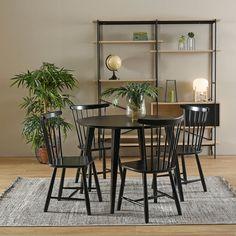 Pinnatuoleissa vaan on sitä jotakin. 💕 Lydia-pinnatuoli ja -ruokapöytä kuuluvat valikoimamme suosikkituotteisiin. Näppärän kokoinen Lydia sopii kompaktiinkin keittiönurkkaukseen ja pyöreän pöydän ääreen mahtuu tilavasti neljä tuolia. Lydia on saatavana neljässä upeassa värissä: musta-tammi, valkoinen-tammi, musta ja valkoinen. Jälleenmyyjä: Sotka Table And Chairs, Dining Table, Alvar Aalto, Live For Yourself, Chair Design, Sweet Home, Shelves, Interior Design, Room