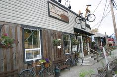Best Bakery on Vancouver Island, BC~ True Grain Bread (the cookies are simply to die for! Best Bakery, Food System, Sustainable Food, Slow Food, Vancouver Island, Grains, Bread, Outdoor Decor, Places