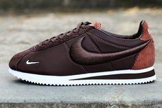 best value e8b81 9d269 Twitter. Nike Cortez ...