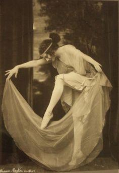 Anna Pavlova - Strauss-Peyton - c. 1916