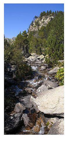 Parque Nacional de Aigüestortes.Estany De Sant Maurici