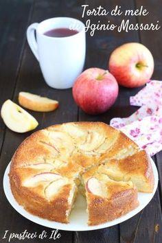 La torta di mele di Iginio Massari tocca la perfezione. Ideale per la colazione,la merenda e gli spuntini. #tortedacolazione #tortedamerenda #tortadimele #torteiginiomassari #tortadimeleIginioMassari #dolcidacolazione #tortadimeleecannella #giallozafferano Apple Desserts, Low Carb Desserts, Apple Recipes, Sweet Recipes, Cake Recipes, Low Carb Brasil, Low Carb Breakfast, Sweet Cakes, Food To Make