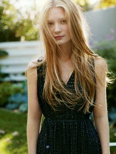 Mia Wasikowska (1989) Australian actress, studied ballet growing up, famously known for her breakthrough role in Tim Burton's Alice in Wonderland as well her main role in Jane Eyre.  (*source unknown)