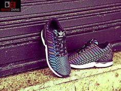 Una de las #zapatillas más demandadas los últimos días es la #adidas zx flux reflectante ¿Te atreves a ponértelas? #brutalzapas #zapas #sneakers