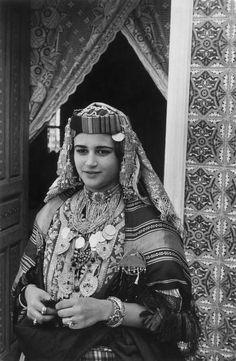 Young woman of Madhia wearing the traditional costume, Tunisia 1959 | Inge Morath