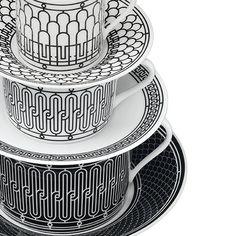 Les frises des ferronneries Art Déco qui ornent les magasins Hermès ont inspiré « H Deco ». Style Alchimie : Site sur la mode, l'art, le design, l'architecture, …