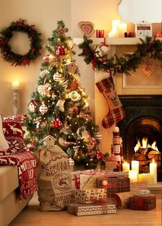 Beautiful Christmas trees enrich and add an aesthetic appearance or theme to your Christmas adornments. feel free to browse our wide variety of decorated,fake, artificial or real Christmas trees th… Christmas Fireplace, Christmas Mood, Noel Christmas, Country Christmas, Christmas Lights, Christmas Heaven, Scandinavian Christmas, Outdoor Christmas, Decorations Christmas