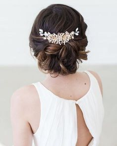 wedding hairstyles with headpiece Brautfrisur mit Haarschmuck Wedding Headpiece Vintage, Vintage Bridal Hair, Bridal Hair Updo, Bridal Hair Vine, Bridal Headpieces, Hairstyle Wedding, Hair Wedding, Updo Hairstyle, Wedding Vintage