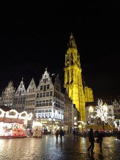 La grand place de nuit - Anvers (Belgique)