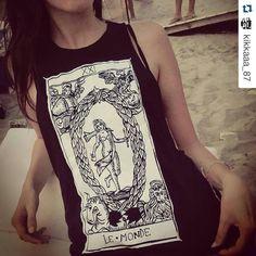 #lemonde #monde #mondo #world #fashionblogger #clothing #cartomancy #vogue #divination #tarots #tarocchi #urbanfashion #insanity #outfitoftheday #occult #psychic #streetstyle #girlfashion #tarotcards #tarotdemarseille #sea #tarot #etsyshop #etsy #trendy