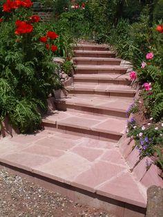 aménagement de jardin - escalier en pierre : Grès de Champenay (Grès des Vosges) Sidewalk, Stairs, Home Decor, Gardens, Terraces, Garden Landscaping, Landscape Planner, Projects, Home
