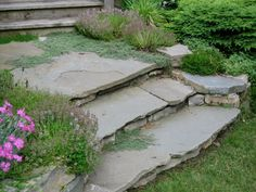 flagstone steps. love the natural look.