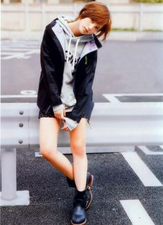 Jacket & Boots. Tsubasa Honda 本田翼.