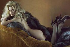 Kate Winslet channeling Catherine Deneuve in 'Belle de Jour.' Photo by Steven Meisel for ''Vanity Fair. Steven Meisel, Kate Winslet, Scarlett Johansson, Rachel Weisz, Salma Hayek, Sexy Girl, Up Girl, Nicole Kidman, Charlize Theron