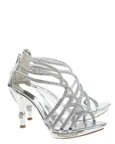 Glittering party shoes in silver with heels in just the right height.