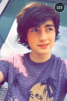 """Fc Brendan Murray) """"hey I'm Jax. I like to draw and paint things. I'm 17 and I'm gay. Abs Boys, New Hope Club, First Girl, Music Bands, Cute Boys, Bae, Crushes, T Shirts For Women, Guys"""