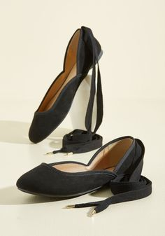 Yea or Detourne Flat. We put these black ballet flats up to a vote - are they or are they not the most graceful of their kind? #black #modcloth