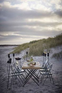 House Doctor's Authentic Notes - welcomes a season of sand, sun and soirée outdoor.