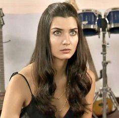 Tuba Büyüküstün - Gönülçelen TV Series.
