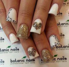 6 Most Stylish Leopard and Cheetah Nail Designs - Nail art lies in a special place in the fashion world. Nail paint has an impact on the way we present our personalities. As a matter of fact, properly. Cheetah Nail Art, Cheetah Nail Designs, Heart Nail Designs, Leopard Print Nails, Cute Nail Designs, Flared Nail Designs, Animal Nail Designs, Zebra Print, Fancy Nails