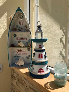 Sommerfeeling Gonis Seashell Crafts, Beach Crafts, Diy Home Crafts, Summer Crafts, Crafts To Make, Arts And Crafts, Clay Pot Lighthouse, Lighthouse Decor, Flower Pot Crafts