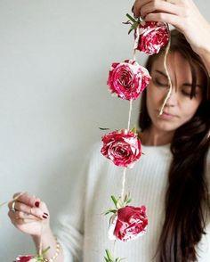 À lire sur le site aujourd'hui : 10 #DIY pour la #StValentin tout sauf quétaines! #muramur  #home #maison #homedecor #decor #homedesign #homestyle #instahome #light #mtlblogger #white #roses #guirlande #flowers #ValentineDay