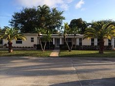 Beautifully remodeled home and just 10 minutes from West Palm Beach airport!!    Vacation Rental in Lake Worth from @homeaway! #vacation #rental #travel #homeaway