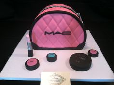 Fondant Make-up Logo, Mac-Makeup (Inspired) Logo for cakes, cupcakes, or Fondant make-up accessories Mac Cake, Cos Bags, Fashionista Cake, German Chocolate Cupcakes, Make Up Cake, Different Cakes, Cupcake Cookies, Cupcake Wrappers, Themed Cupcakes