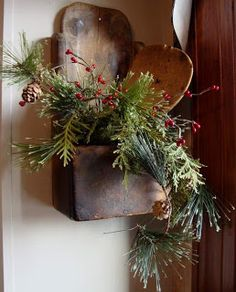 HomeSpunPrims..What a great idea to use wooden paddles in a wall box with greenery!!!