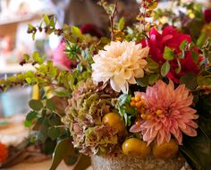 How-To: The Prettiest Floral Arrangements for Fall!