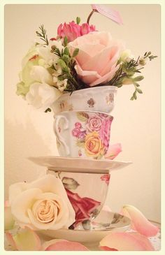 Tazze & nozze - cups for your wedding table