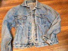 Vintage Jean Jacket / Distressed Denim Jacket / Classic Denim Jacket by thesoupison on Etsy