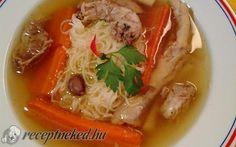 Érdekel a receptje? Kattints a képre! Hungarian Recipes, Hungarian Food, Goulash, Caprese Salad, Fruits And Vegetables, Thai Red Curry, Dishes, Ethnic Recipes, Chowders