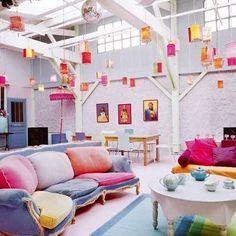 Happy Loft: I have no idea who lives here, but I know they're happy. How could they not be?!It's beautiful and dreamy, love to live there.