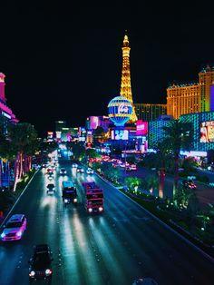 like–home:    Las Vegas, USA.  Matheus Carvalho - City Landscapes