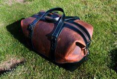 Cestovni taska z prave kuze vyrona rucne na zakazku v Ceske republice