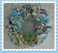 A very pretty sea-theme wreath in gorgeous colors.