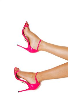 64466879e6e1a9 Get seriously sexy in our Marivel Patent Coral Sandals