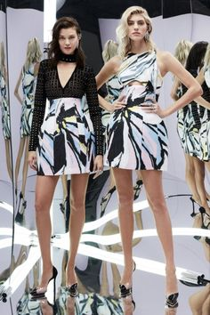 Zuhair Murad Spring 2017 Ready-to-Wear Collection Photos - Vogue Fashion Week, Fashion 2017, Runway Fashion, High Fashion, Fashion Outfits, Womens Fashion, Elie Saab, Vogue, Zuhair Murad Dresses