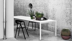 http://images.dopo-domani.com/media/catalog/product/k/r/kristalia-thin-k-outdoor-group-3.jpg