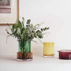 586 vind-ik-leuks, 4 reacties - @andtradition op Instagram: 'Tricolore vases - excellent as singular decorative accents or grouped together. 📸 @irinaboersma -…'