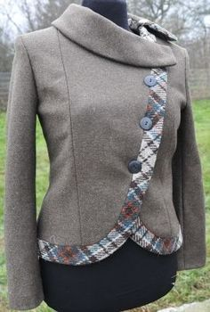 Wykrój do pobrania, free sewing pattern, papavero.pl     Bad collar but nice body and length