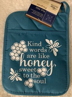 Personalized Oven Mitt pot holder (Kind Word's are like honey sweet to the soul) Teal by HandmadeinAcushnet on Etsy Circuit Crafts, Circuit Projects, Vinyl Projects, Pot Holder Crafts, Pot Holders, Kitchen Vinyl, Kitchen Signs, Cricut Fonts, Cricut Vinyl
