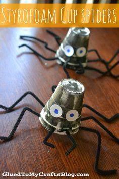 Styrofoam Cup Spiders {Halloween Kid Craft}