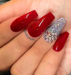 Life After Christmas Nails Acrylic Coffin Red Glitter 52 - Best Nail Art Designs Red Nail Designs, Acrylic Nail Designs, Nail Crystal Designs, Gorgeous Nails, Love Nails, Cute Red Nails, Red Acrylic Nails, Red Glitter Nails, Matte Nails